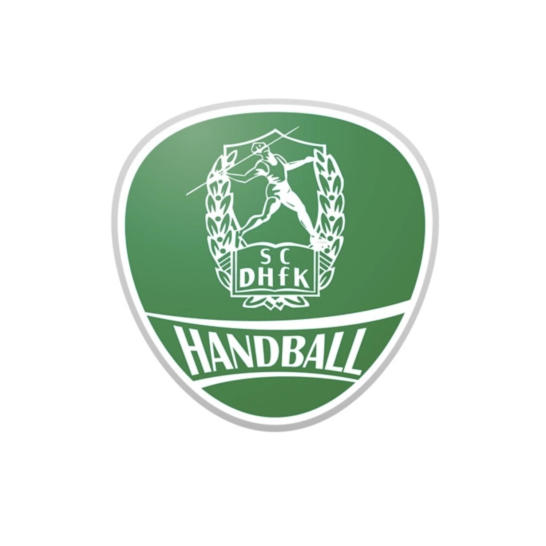 Logo des SC DHfK Handball. Die gemeinnützige HörMal Audiodeskription Unternehmergesellschaft ist Partner des SC DHfK Leipzig bei allen Heimspielen in der Handball-Bundesliga. So wird seit 2015 bei jedem Heimspiel eine Live-Audiodeskription angeboten. Logo des SC DHfK Handball, Bildrechte: SC DHfK Handball.